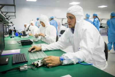 Первый в России завод волоконно-оптических трансиверов открылся в Новосибирске