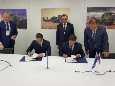 Новикомбанк профинансирует КАМАЗ на 2 млрд рублей