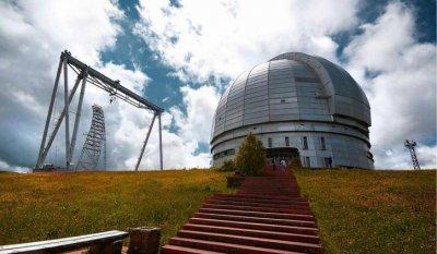 В крупнейшей российской астрофизической лаборатории установили первый из 6 новых телескопов