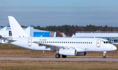 В России в 2017 году выпущены 34 новых пассажирских самолета Сухой Суперджет