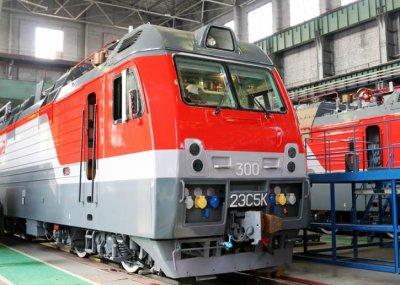 В Новочеркасске выпустили уже более 300 новых электровозов 2ЭС5К Ермак